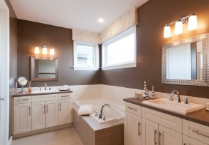 Berkshire 2 - A1 Canadiana Gallery - Berkshire 2 Master Bath  - 2,570 sqft, 4 Bedroom, 2.5 Bathroom - Cardel Homes Ottawa