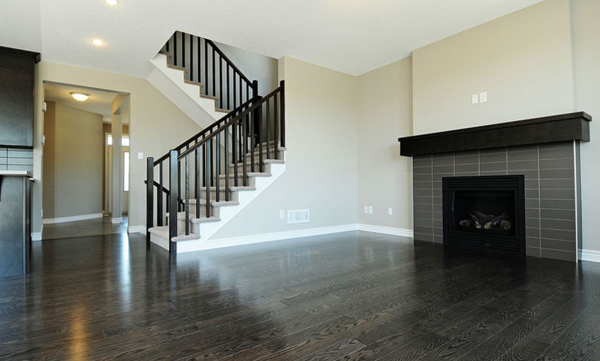Single family homes in Miller's Crossing in Carleton Place, Ottawa by Cardel Homes come standard with a gas fireplace, vintage northern solid sawn hardwood, 9 foot main floor ceilings, ceramic tile flooring in foyer, powder room, all bathrooms, laundry and kitchen, solid oak handrails, open concept floorplan design as well as adorne light switches