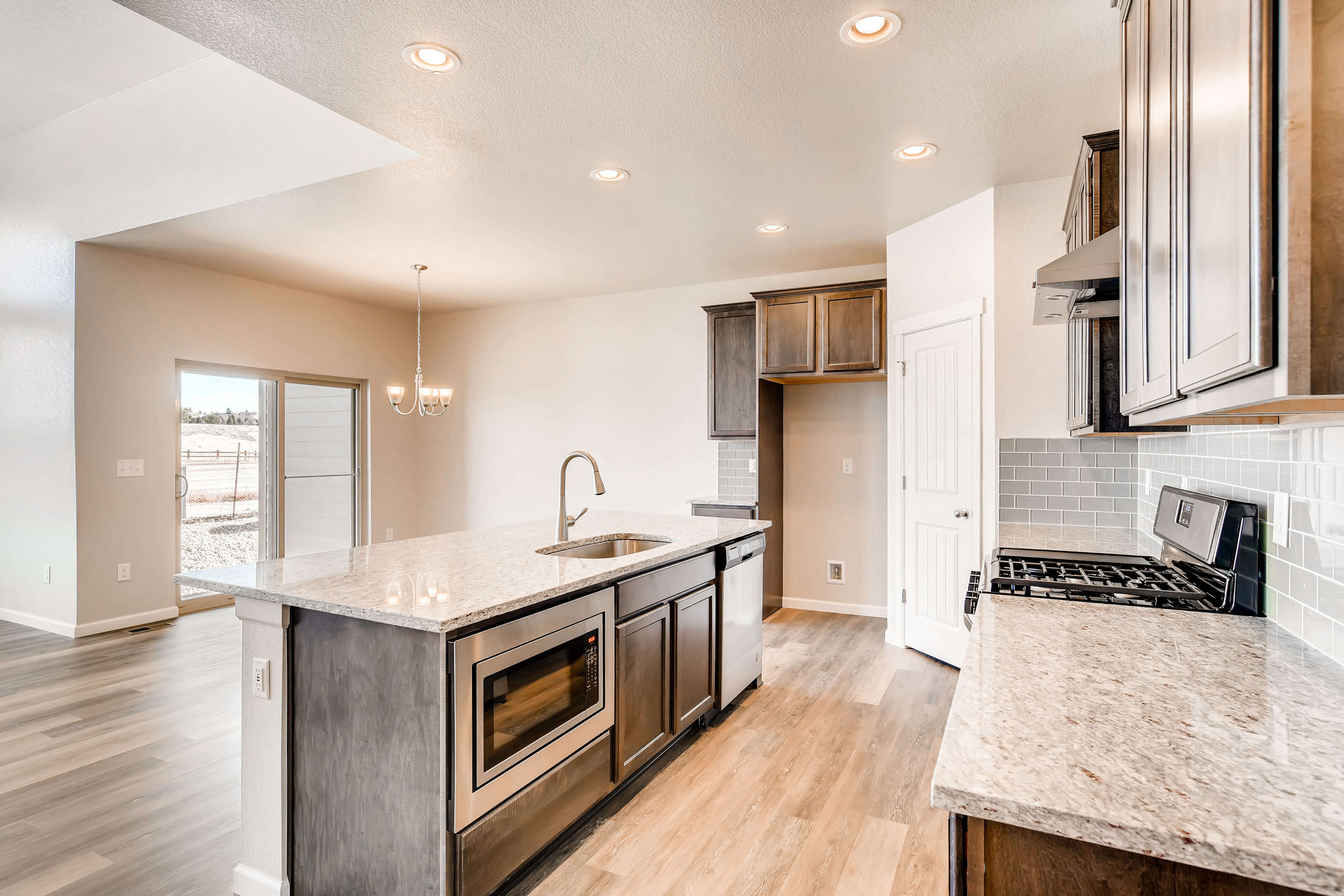 New Denver Single Family Home Quick Possession Ponderosa in Lincoln Creek, located at 11871 Barrentine Loop, Parker Built By Cardel Homes Denver