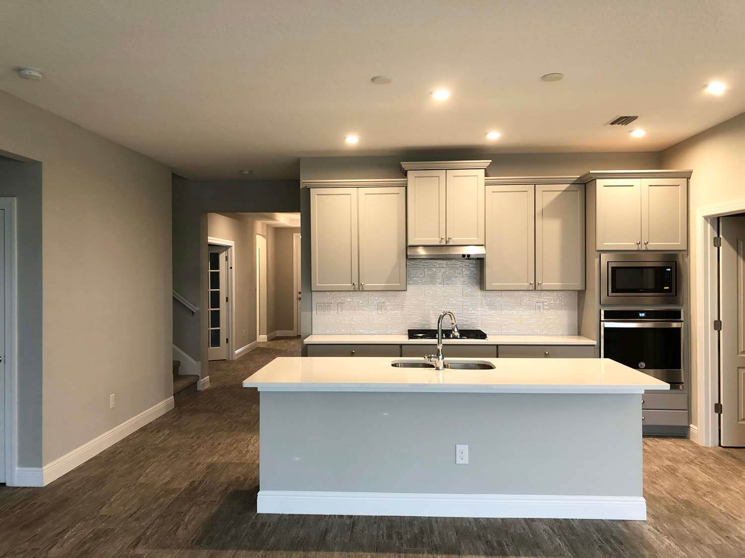 New Tampa Single Family Home Quick Possession Northwood 2 in Waterset, located at 5432 Silver Sun Dr, Apollo Beach 33572 (LOT 15) Built By Cardel Homes Tampa