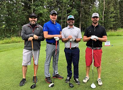 cardel-homes-calgary-golfing